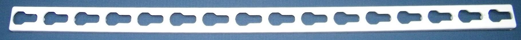 800mm Keyhole Strip